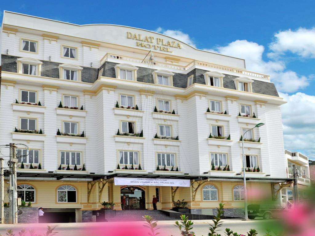 khách sạn Dalat Plaza 19