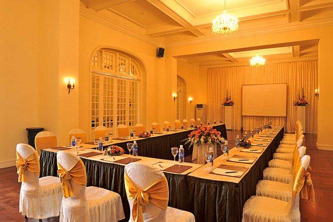 khach-san-da-lat-palace 5