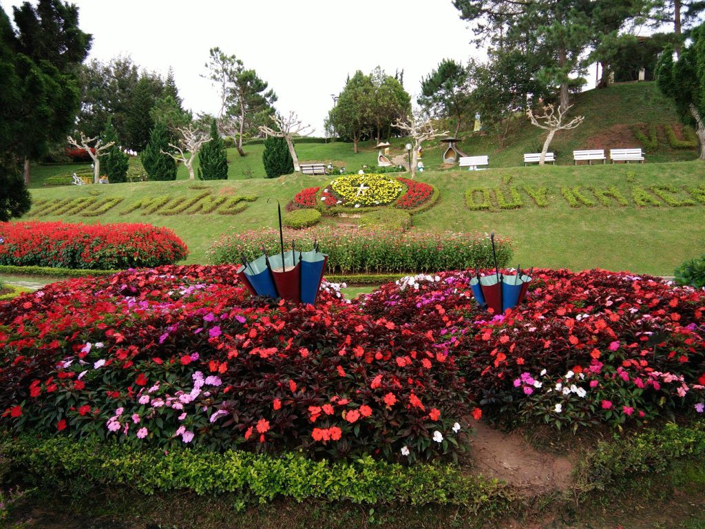 Dalat flower park ticket price