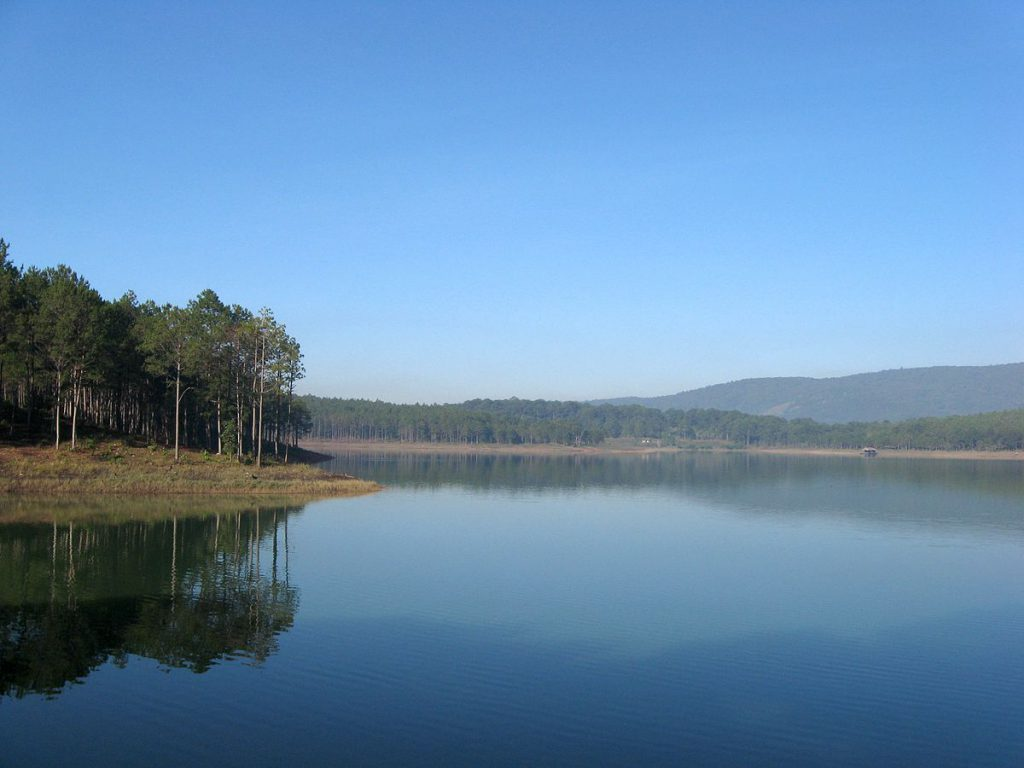 This is the largest freshwater lake in Dalat city