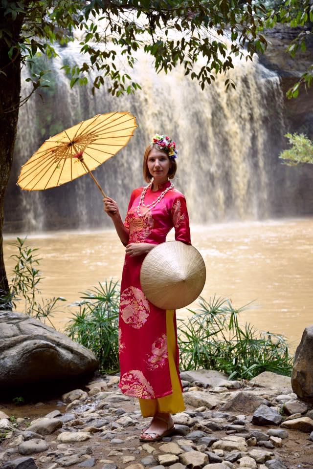 A tourist in Ao Dai