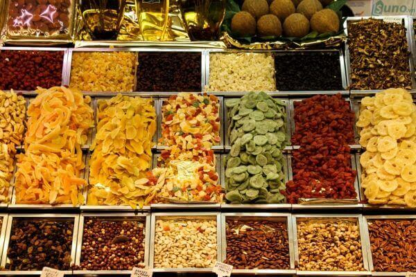 Dried and Candy Fruits