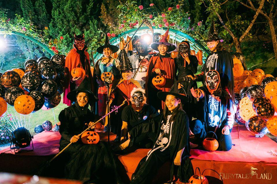 Halloween at Dwarf kingdom