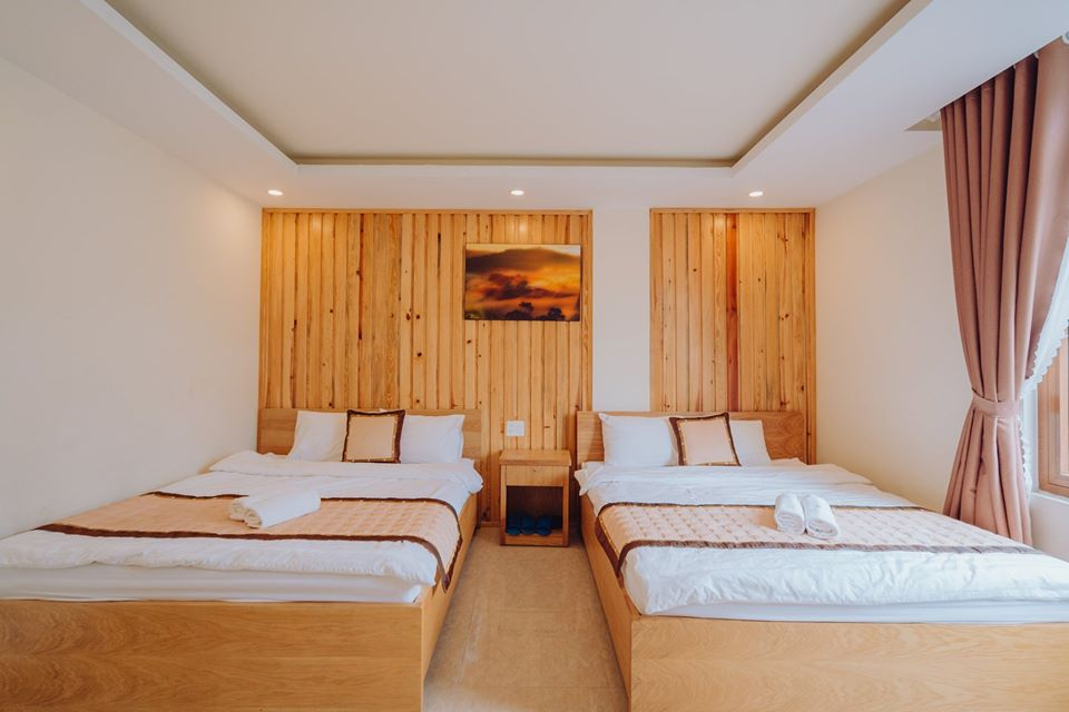 Minh Long Hotel (2)